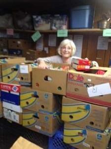 Food pantry volunteers5